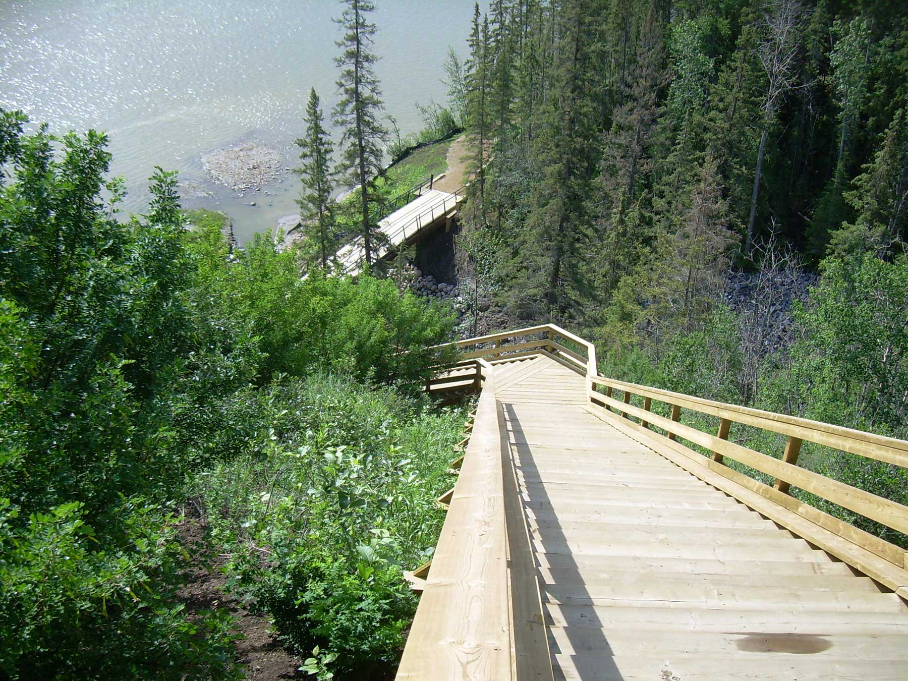 Fort-Edmonton-Footbridge-and-Trail-Edmonton-2009-EDA.jpg
